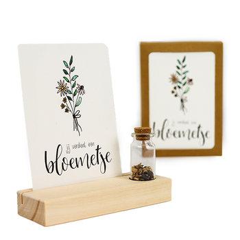 Jij verdient een bloemetje - Bedankje zaden in glazen flesje met kaart en standaard