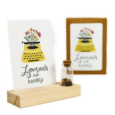 Zomaar een berichtje - Bedankje zaden in glazen flesje met kaart en standaard
