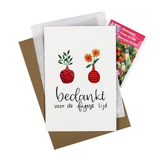 Bloemenzaden met kaart 'Bedankt voor de fijne tijd' verpakt in pergamijn zakje