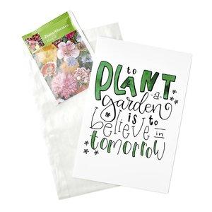 Bloemenzaden met kaart 'to plant a garden' verpakt in pergamijn zakje