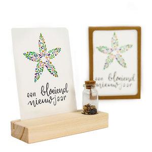 Een bloeiend nieuw jaar - Bedankje zaden in glazen flesje met kaart en standaard